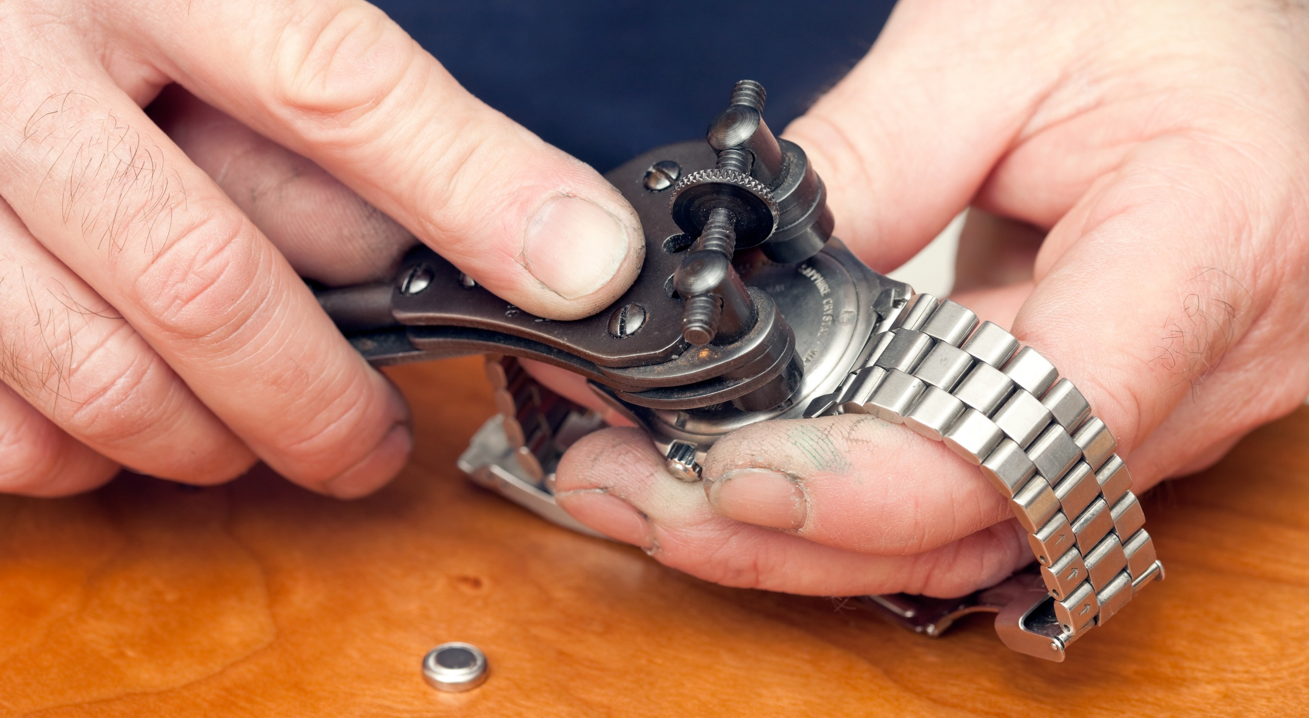 How To Change A Fossil Watch Battery: Quick Tips