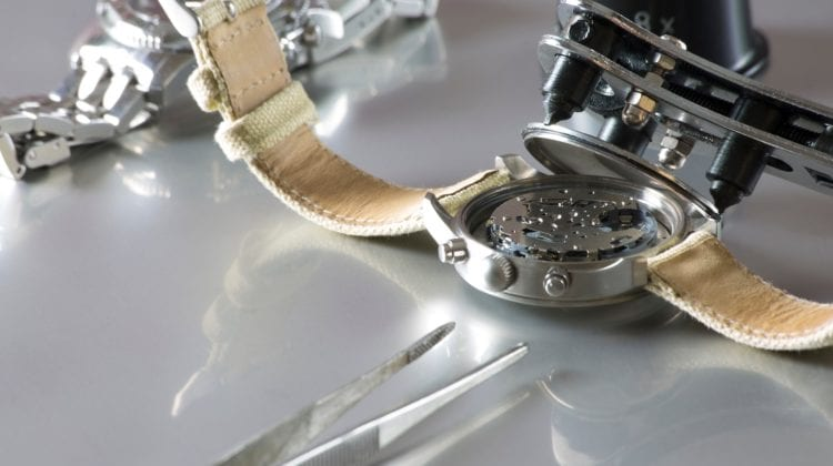 myfavoritewatches-How To Open A Watch Back Easy Do It Yourself Methods