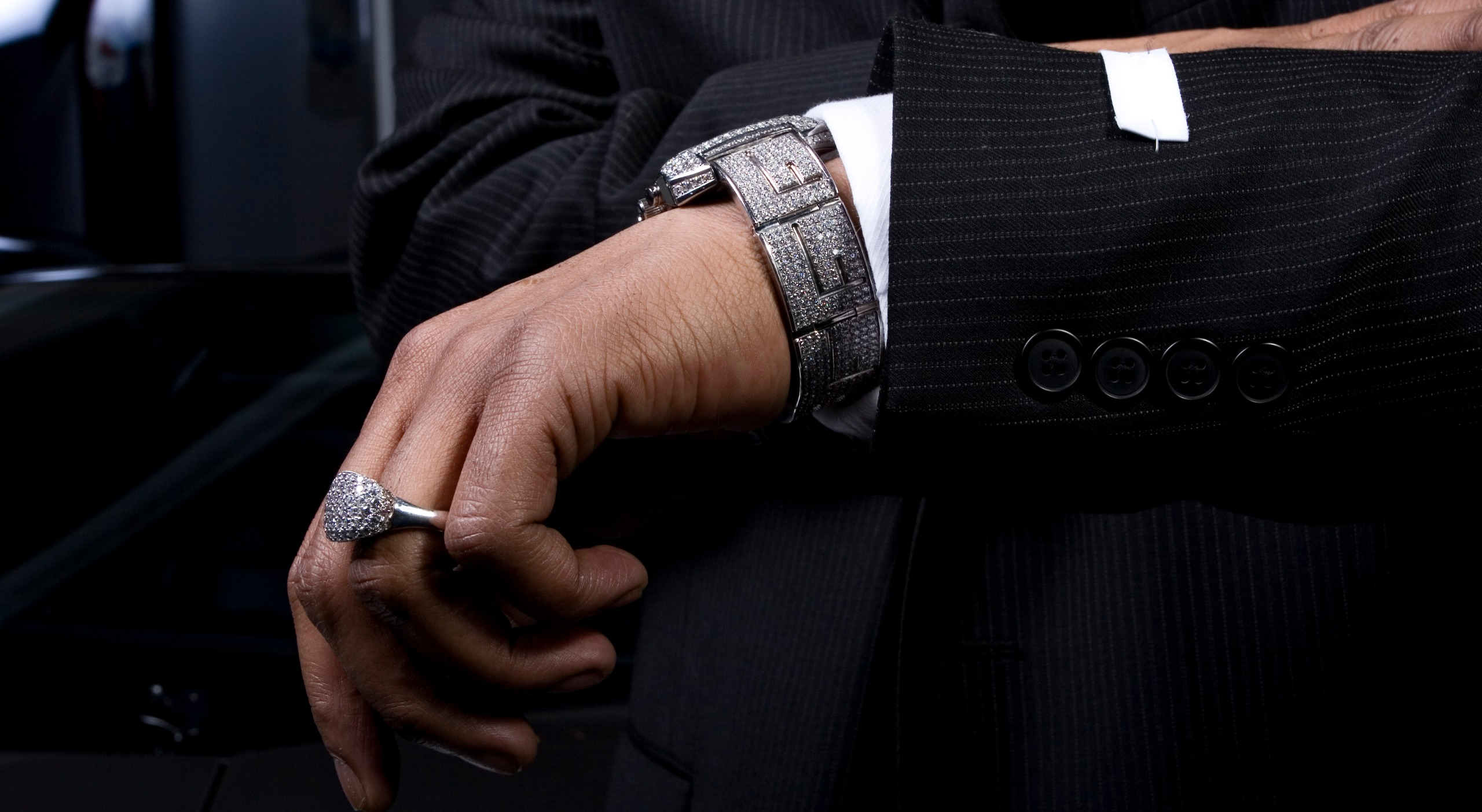 How To Properly Wear A Watch Fashion Tips 2020